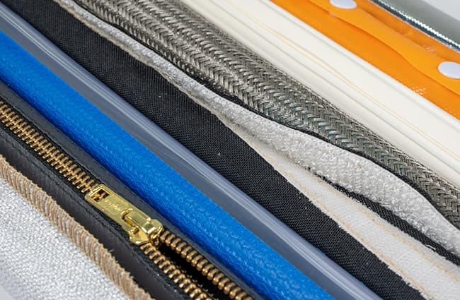 zippertubing-assorted-closures-sewing-thread