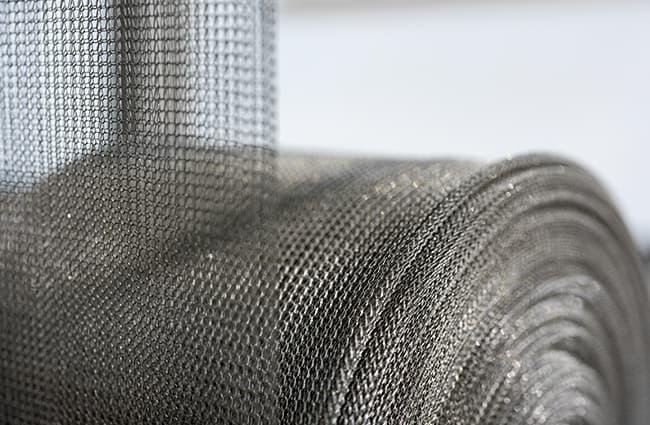 automated-knitting-and-braiding-machine-spool